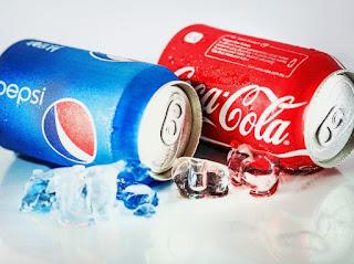 هل المشروبات الغازية مثل بيبسي و كوكاكولا مضرة في الحمل ؟ تعرف على الحقيقة الان