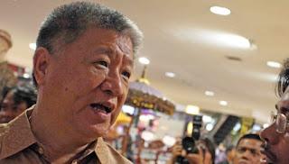 Waduh Ada Apa nih ?.. Setelah Aguan Diundang Ke Istana Oleh Presiden,  KPK Tak Perpanjang Cekal Aguan - Commando