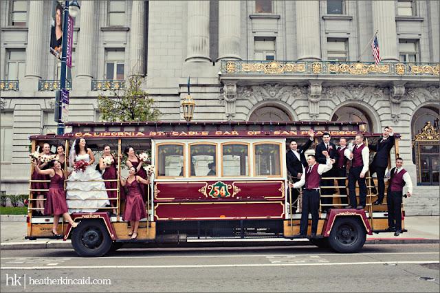 El transporte para los invitados también es un tema importante en la boda - Foto: www.thebridaldetective.com
