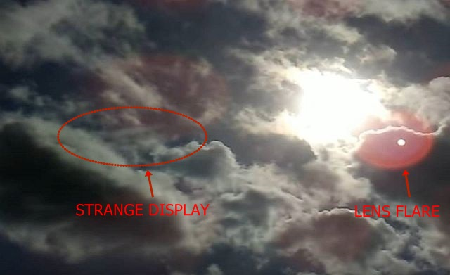 Video Shows Strange Matrix-like Display of Clouds in the Sky  Matrix-like%2Bdisplay%2Bclouds%2Bsky%2Bsimulated%2Breality