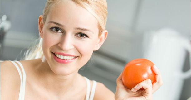 Cara menciptakan masker tomat tidaklah sulit Cara Membuat Masker Tomat Yang Praktis dan Simpel