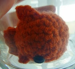 http://translate.googleusercontent.com/translate_c?depth=1&hl=es&prev=search&rurl=translate.google.es&sl=en&u=http://bunnyswarm.blogspot.com.es/2015/04/goldfish-amigurumi-pattern-free.html&usg=ALkJrhjohCw4AWRu3WAwRfVviyGPINGRYA