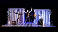 Επιτρέποντες του Μενάνδρου: θέατρο φυγής προς έναν κόσμο χαρούμενο