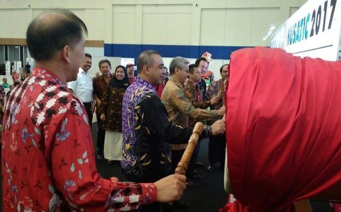 Kontes Ikan Hias Se- Indonesia di Tangerang