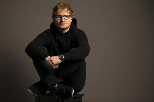 lirik lagu dan terjemahan Shape of You Ed Sheeran