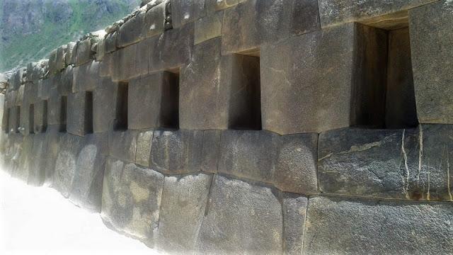 Ollantaytambo, hornacinas Templo de la Luna