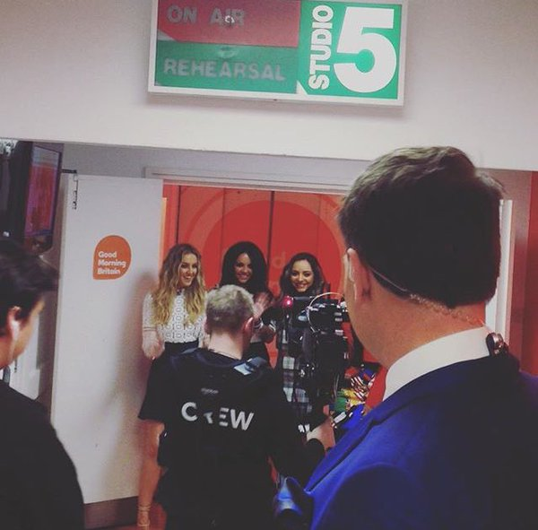 Good Morning Everybody Que Quiere Decir : Spain little mix en good morning britain