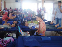 UKM Ning Nong hibur para pendonor darah di UMK