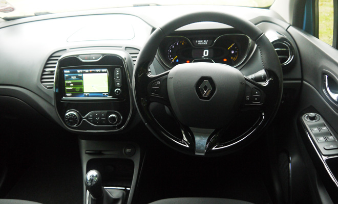 Renault Captur driving view