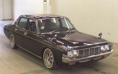 Toyota Corona Saloon 01