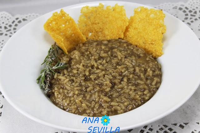 Risotto de ajo negro y gran padano con Thermomix Ana Sevilla