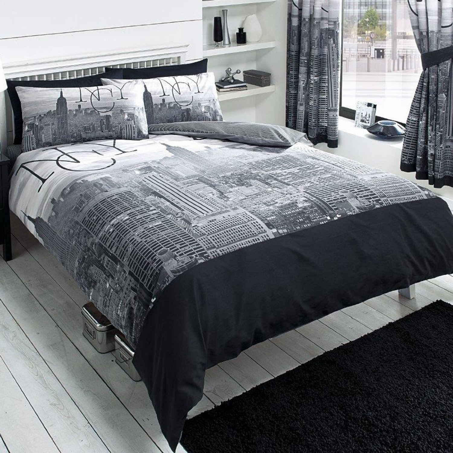 total fab new york city skyline bedding nyc themed bedroom ideas. Black Bedroom Furniture Sets. Home Design Ideas