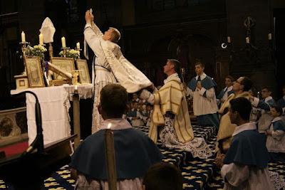 Witte Donderdag - Instituut Christus Koning en Hogepriester
