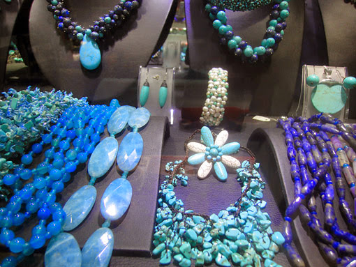 Special Myanmar ethnic jewelry with style and great colors from Bogyoke Market Yangon