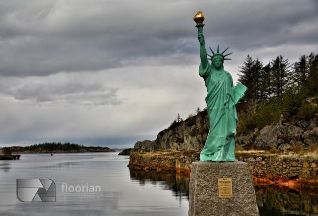 Statua Wolności w Visnes na wyspie Karmoy w Norwegii