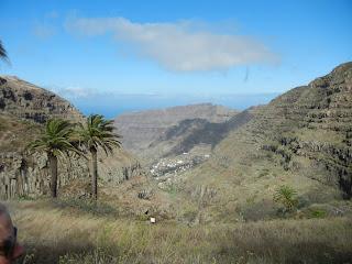 Vista de Valle Gran Rey ascendiendo al Garajonay