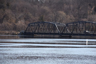 "Stillwater ""lift"" bridge, limited clearance"