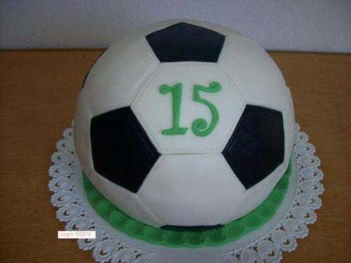 """Как сделать и оформить торт «Футбольный мяч», торт футбольный мяч, оформление тортов, оформление шарообразных тортов, торты для мальчиков, торты для мужчин, как сделать торт футбол, как сделать торт шар, торты спортивные, торты для спортсменов, торты на 23 февраля, как сделать торт футбольный мяч, как оформить торт футбольный мяч, блюда спортивные, оформление тортов, торт """"Футбол"""", торт """"Футбольный мяч"""", торт детский, торт для мужчины, торт на 23 февраля, торты, торты спортивные"""
