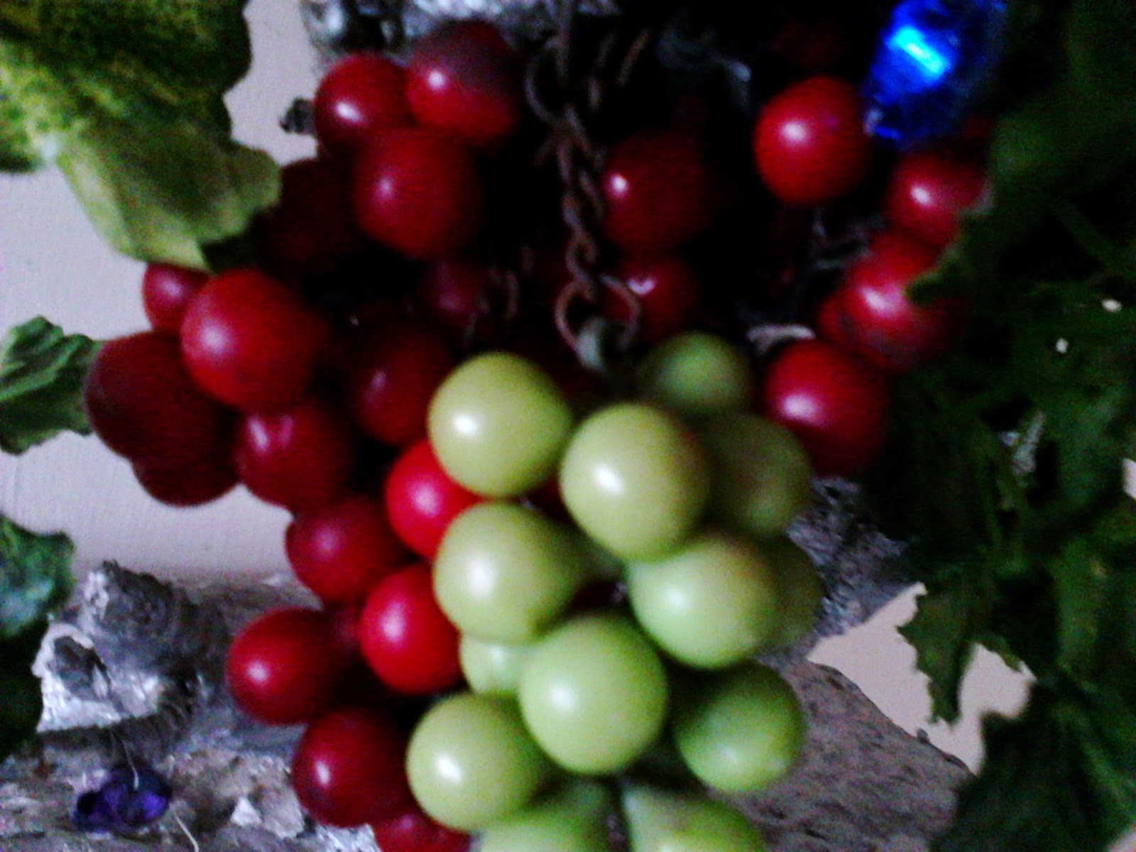 Feng Shui Simple Cures Feng Shui Wealth Fruits Grapes Cherries And Pomegranates Symbolism For