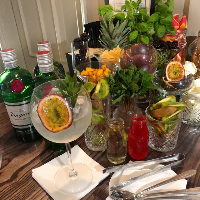 the-blue-anchor-tadworth-review-gin-selection