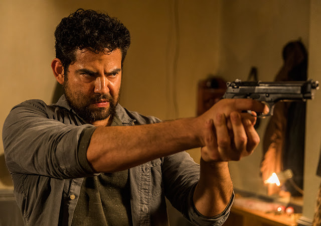 Morales en el episodio 8x02 de The Walking Dead