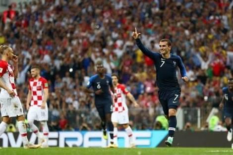Total Football dan Metamorfosis Prancis