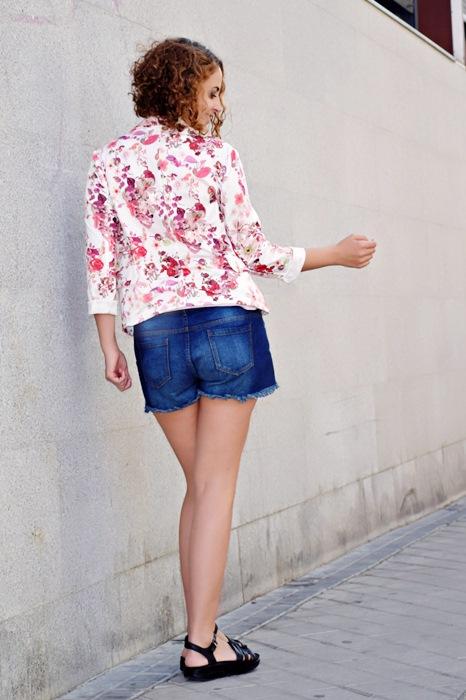 Outfit-Chaqueta-Flores-3