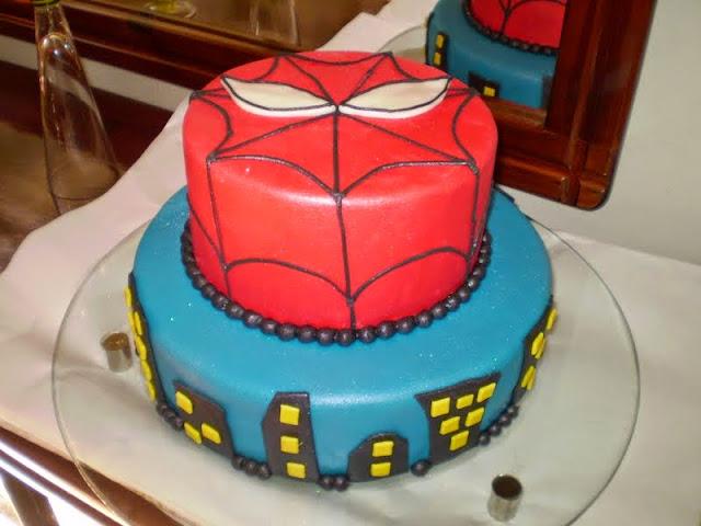 Bolo aniversário Homem Aranha Para Festa Infantil