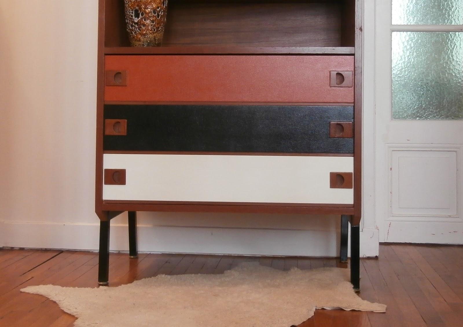dur e de vie ind termin e meuble en teck ann es 50 60. Black Bedroom Furniture Sets. Home Design Ideas