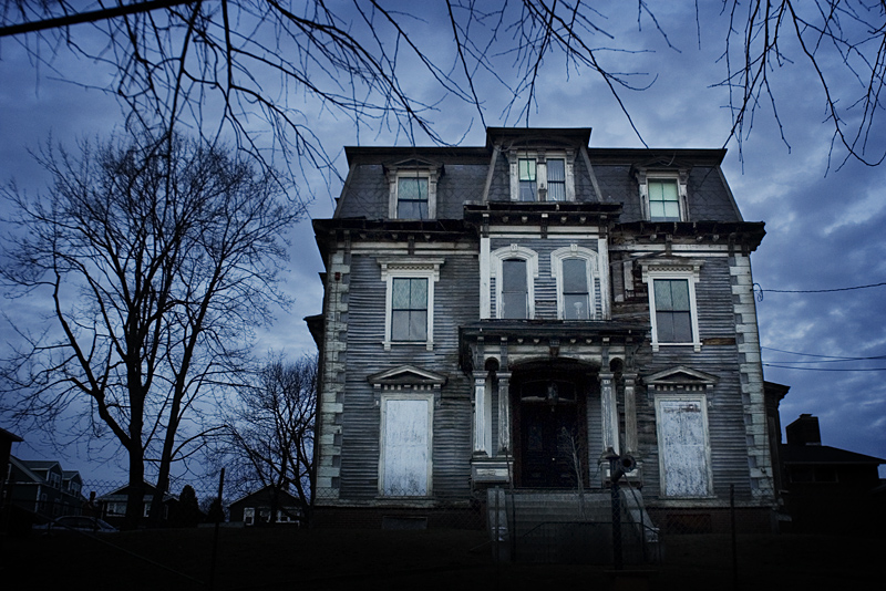 The Good Life Haunted House Tour