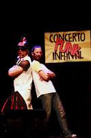 http://musicaengalego.blogspot.com.es/2016/10/fotos-monchas-concerto-punk-infantil-en.html