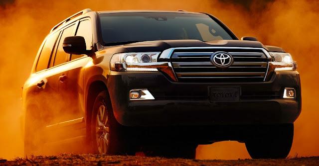 2017 Toyota Land Cruiser Review UK