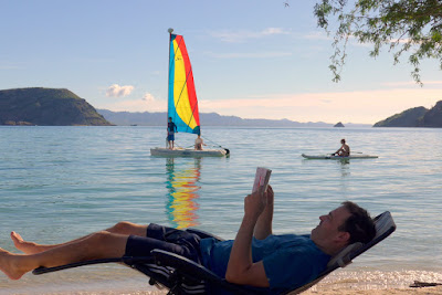 Mark having a rest while Ryan, Lisa and Sarah is out on the water. Coyote Beach, BCS. MX