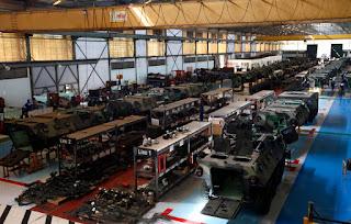 Lini Produksi Panser Anoa Pindad