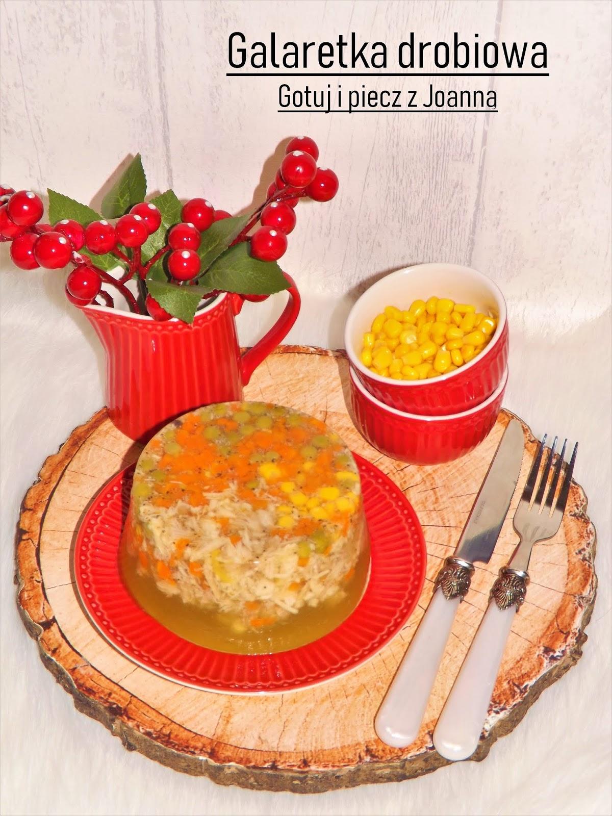 Lekka galaretka drobiowa z groszkiem i kukurydzą
