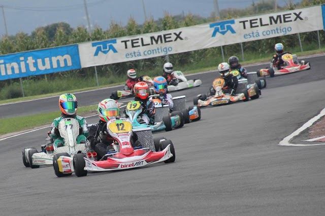 Emiliano Richards gana los Rounds 5/6 de FIA México – National Karting Championship – RETO TELMEX en el kartódromo Oscar Casillas.