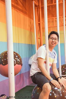 Renz Cheng in Dessert Museum