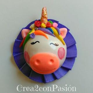 Diademas-vinchas-de-unicornio-con-pasta-flexible-y-cintas-plisadas-Crea2-con-Pasión-Unicornio-pelo-liso-y-cinta-morada