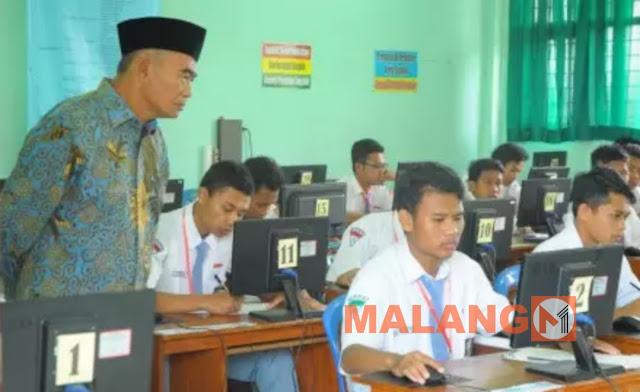 Mendikbud Sidak UNBK Di Malang
