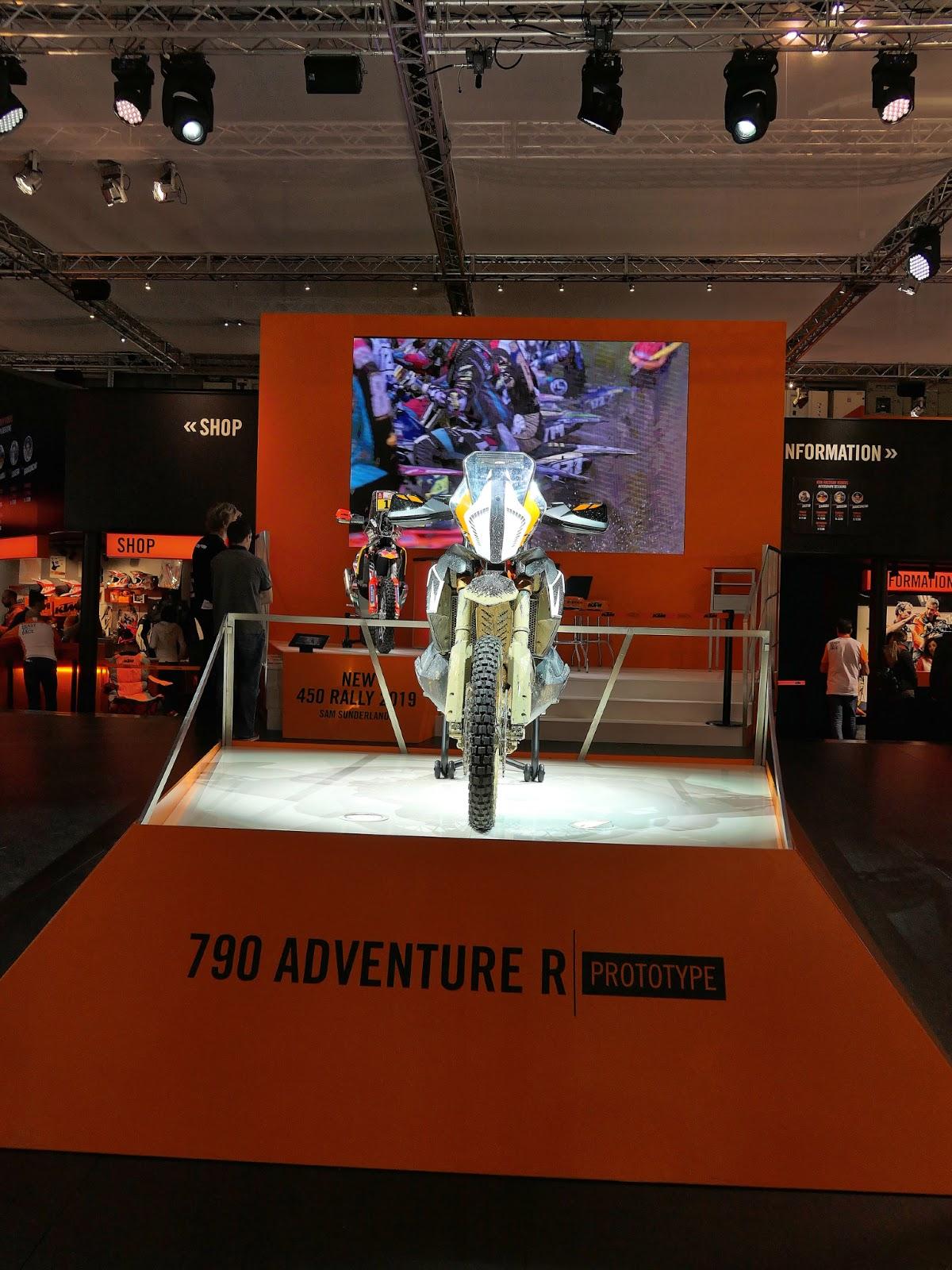 790 adventure P1020372