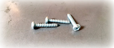 Custom/special made combo drive type B sheet metal screws in steel zinc material - engineered source is a supplier and distributor of custom made type B sheet metal screws - covering Orange County, Los Angeles, Inland Empire, San Diego, California, USA, and Mexico