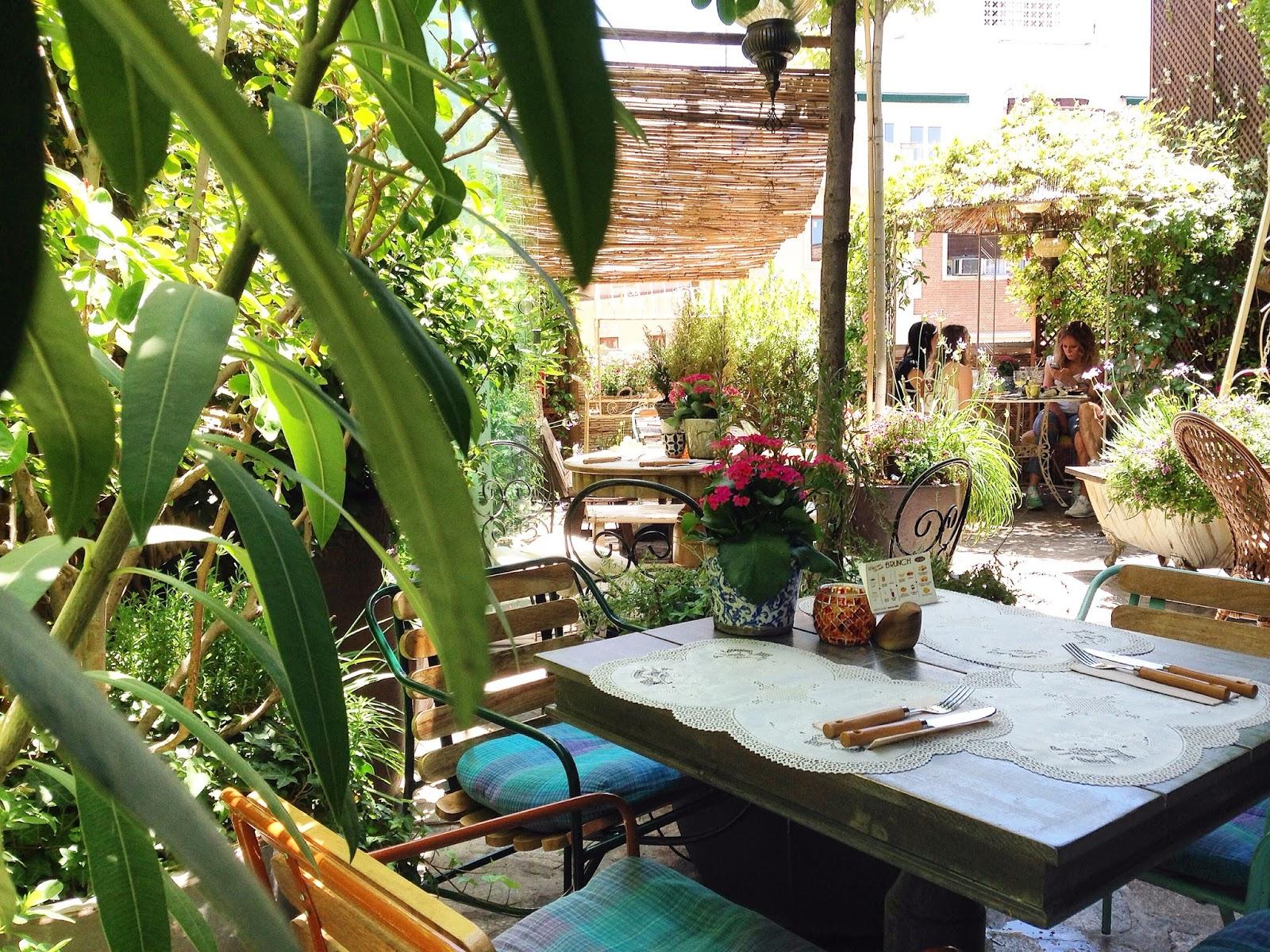 Redescubriendo mi ciudad el jardin secreto de sb for Salvador bachiller jardin secreto