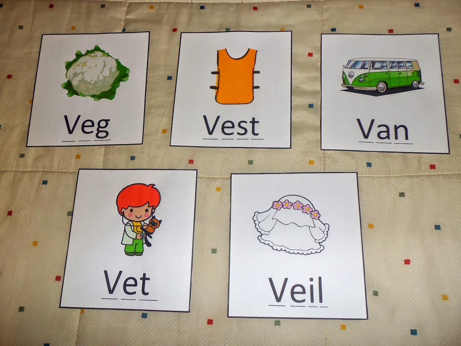 7 letter words with v enjoy jolly phonics 22113 | Wordcards%2Bletter%2Bv