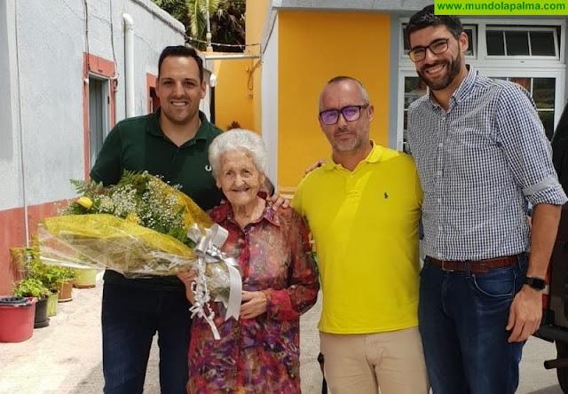 Breña Alta felicita a dos de sus vecinos, al cumplir 100 años de vida