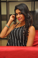 Akshida in Black Tank Top at Kalamandir Foundation 7th anniversary Celebrations ~  Actress Galleries 115.JPG