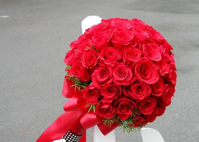 Bó hoa hồng đỏ đẹp nhất thế giới 13