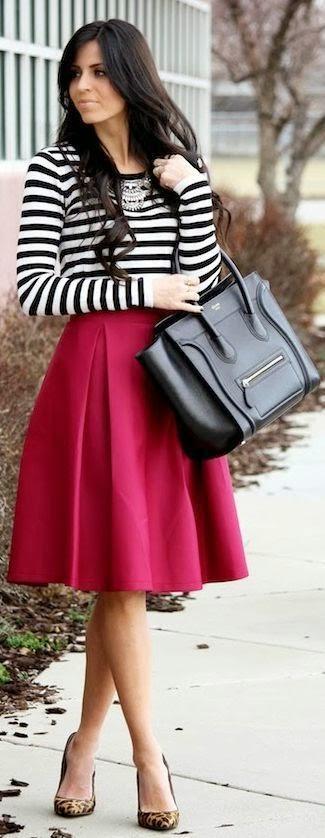 Tampoco debes usar camisas o top de tiritas. Si utilizas faldas también  puedes incluir medias para dar un toque con altura. 5a630fd8a1a2