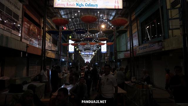 Pasar Kuliner Lorong Basah di Palembang
