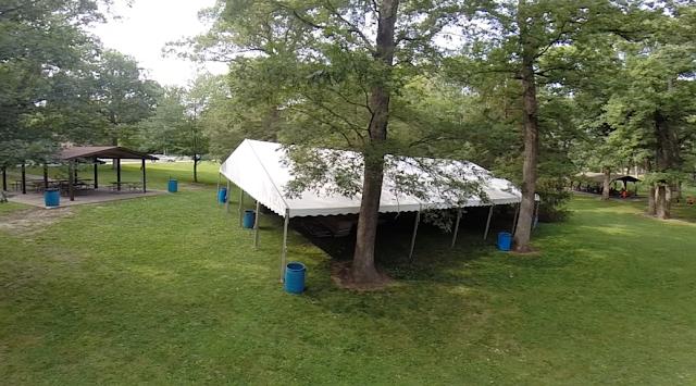 Tenda Roder dengan Landasan Tanah