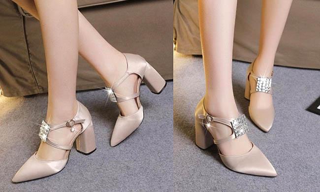 High heels 9 Cm model chunky ini lebih aman dan nyaman